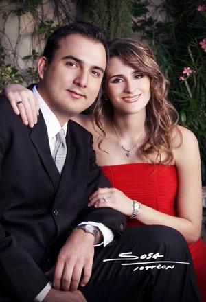 Sr. Enrique García Murra y Srita. Doralicia Valdés González efectuaron su presentación religiosa en la parroquia de San Pedro Apóstol el viernes 16 de julio y contrajeron matrimonio civil el diez de septiembre de 2004.