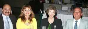 <u><i> 21 de septiembre de 2004</u></i><p>  Germán Guzmán, María Rosa del Valle de Guzmán y Alfredo Rivera y Sra.