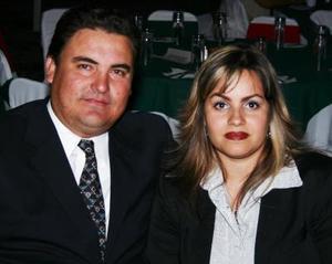 Roberto y Maricela Hamdan.