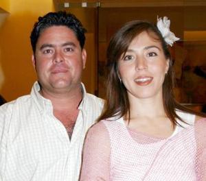 <u><i> 21 de Septiembre de 2004</u></i><p>  Elizabeth y Guillermo de Urrutia.