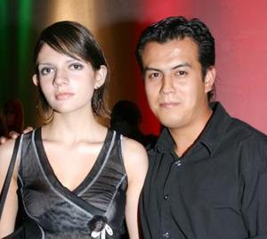 <u><i> 22 de Septiembre de 2004</u></i><p>  Irela Zúñiga Torres y Gerardo Wong Luna.