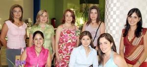 <u><i> 23 de septiembre de 2004</u></i><p>  Carmen de Hernández, María de Lourdes, Adriana de Tijerina, Alma de Arzate, Rocío y Alejandra de Necochea, acompañaron a María Verónica Saracho de Murillo.