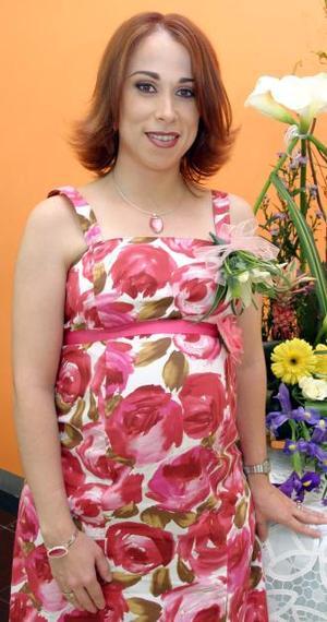 <u><i> 23 de Septiembre de 2004</u></i><p>   María Verónica Saracho de Murillo, en la fiesta de canastilla que le ofrecieron por el próximo nacimiento de su bebé.