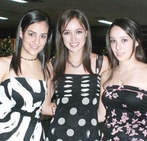 Daniela Macías, Bárbara Treviño  y Marisol Fernández.