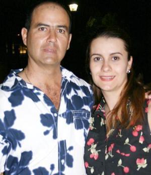 Señores Gerardo Máynez y Nora Porras de Máynez.