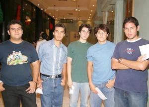 José Mayorga, Carlos Juárez, Héctor M. González, Antonio Pérez  y David Poupard.