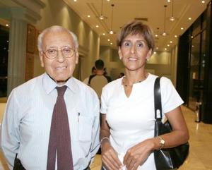 José Ventura Chávez y Laura Chávez.