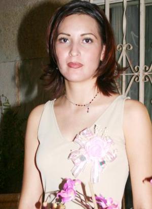 Amelia Ríos González disfrutó de una despedida de soltera, que le ofrecieron con motivo de su próximo compromiso matrimonial con Alfredo Avitia Villagrana.