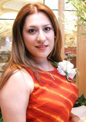 <u><i> 27 de Septiembre de 2004</u></i><p>  María Luisa Chong Moncada disfrutó de una despedida de soltera, por su próxima boda con Raúl Rodríguez.