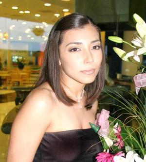 Alejandra Aguilar Salas, en su despedida de soltera.