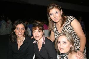 Cristina de Hernández, Mary Paz de Chávez, July de Rodríguez y Cristina Valdez.