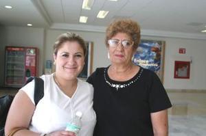 <u><i> 29 de septiembre de 2004</u></i><p>   Zamira Ale viajó a la Ciudad de México, la despidió Leonor Ale Núñez.