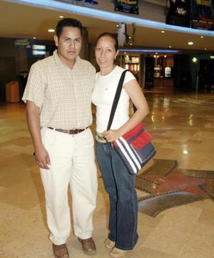 Javier Vázquez y Martha Leticia Ramírez
