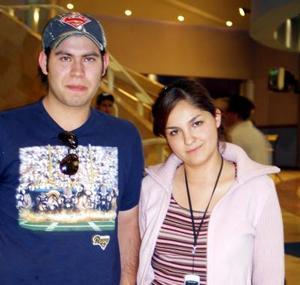 Carlos Mora y Gretel Romo.