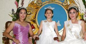 Gaby I. Minerva I y Ana Isabel I, corte del Club de Leones de Torreón.