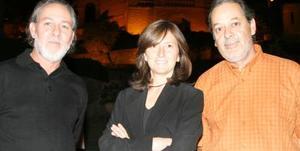 Héctor Moreno, Isabel Berlanga y Fernanadop Estrada.