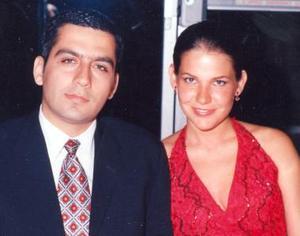 Rogelio Barrios Hinojosa y Gabriela del Bosque Dávalos.
