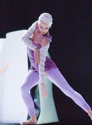 El ballet de Montecarlo resurgió en 1985, cuando la princesa Estefanía de Mónaco quiso cumplir con la devoción de su madre, la princesa Grace, que soñaba con volver a contar con una compañía de ballet en el principado.