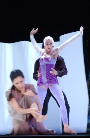 El cuento de hadas se hizo realidad en el Teatro Nazas, a través de los bailes del ballet Montecarlo
