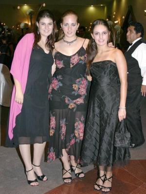 Maricarmen Garrido , Nataly Zarzour y Marcela García
