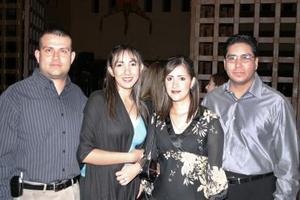 <u><i> 03 de octubre de 2004</u></i><p>  Miguel Cortés, Érika Rodríguez, María Elena Aranda y Josué Castillo, en una fiesta del Día de la Independencia celebrada en conocido centro campestre de esta ciudad.
