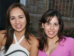 Lucía Martínez y Naxiely de Garza