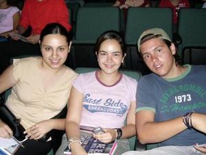 Ángela Campuzano, Lucero Carlos y Andrés Berlanga