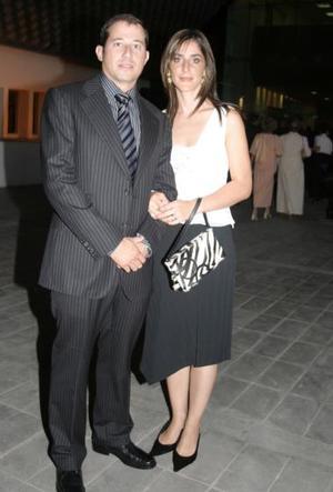 <u><i> 06 de octubre de 2004</u></i><p>  Rafael Tricio y Gabriela Z. de Tricio