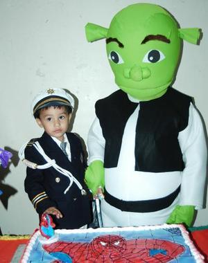 El pequeño Antonio Farrel García festejó su segundo cumpleaños con un divertido convivio