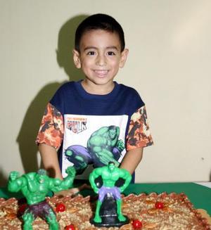 El pequeño Diego Garza Macías celebró su cumpleaos en días pasados con una divertida fiesta