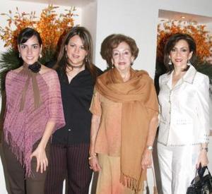 Fernanda Fuéñez, Rebeca Mijares, Tere P. de Quintero y Susana Quintero