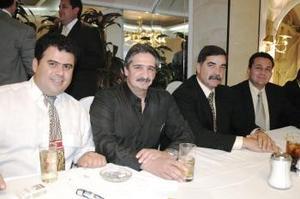 <u><i> 06 de octubre de 2004</u></i><p>  Ziad Giacomán, Jesús Becerra,  Francisco Álvarez y Víctor Tumoine