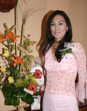 Sandra Rodríguez Hernández contaerá matrimonio en breve y por tal motivo disfrutó de una despedida de soltera.