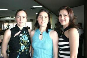 Adriana Valencia, Cristina Valencia y Rocío Herrera..