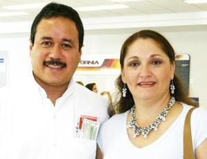<u><i> 09 de octubre de 2004</u></i><p>  Pedro Ramírez Violante fue despedido por Gaby, antes de viajar a Tijuana.