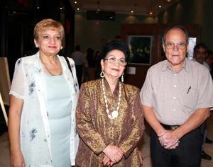 Doralú González, Rosina Guerrero de De Alvarado y Juan Basilio.