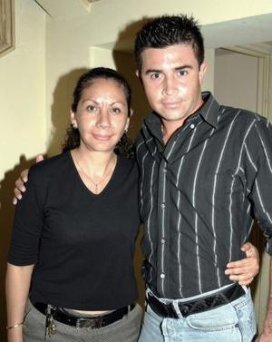 Adolfina Gutiérrez y Carlos Omar