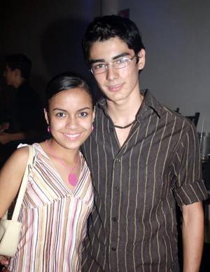 Cynthia de la Garza e Isidro Anguiano.