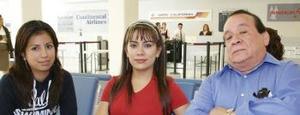 Juan Zapata regresó a Los Ángeles y fue despedido por Marisol y Carolina