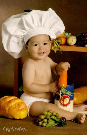 José Facundo Mathus Lozano cumplirá su primer año de vida el próximo 13 de octubre., el es hijo del Ing. José Luis Mathus Alfaro y Lic. Blanca Patricia Lozano.