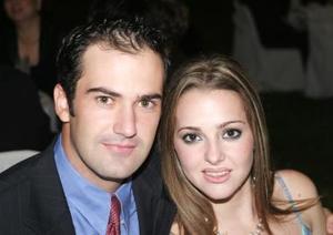<u><i> 12 de octubre de 2004</u></i><p>  Ricardo Solana y Maty Espada