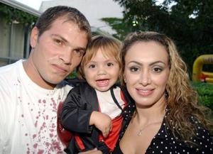 Alfredo Sosa Martin y Gabriela Dacarett de Sisa cib sy pequeño Eduardo Alfredo Gabriel Sosa Dacarett