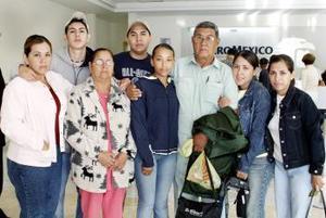 A Tuxla Gutiérrez, regresó Luis Escobar y fue despedido por la familia Escobar Luévanos.