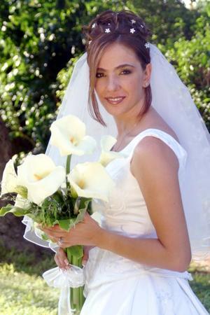 Srita Amira Sabag García el día de su enlace matrimonial con el Sr. José Alfonso Bonilla Murra.