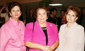 Delfina Hinojosa de Garza, Bachis de la Garza y Delia de Guerra.