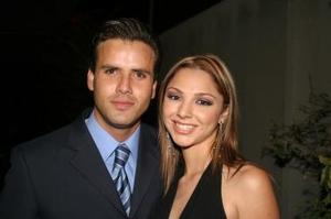 Héctor Flores y Daniela López.
