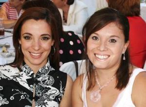 <u><i> 14 de octubre de 2004</u></i><p>  Rita Agüero de Saavedra y Karla de Pérez