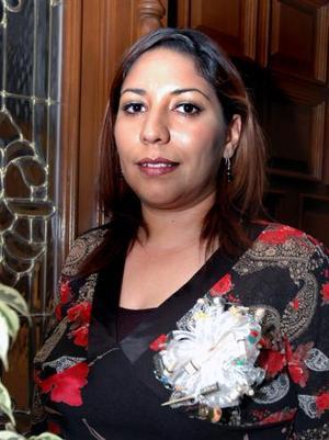 Nadia Haydeé Yassin Lira contraerá matrimonio en breve y por tal motivo sus familiares le organizaron una despedida.