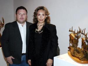 Eduardo y Rosa Isabel Rivas.