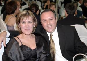 D Enrique Uribe y Martha García de Uribe.